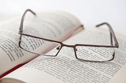 Si votre enfant a moins de 18 ans, une ou plusieurs paires de lunettes par  an peuvent être remboursées en cas d évolution de l affection. d85759891f2d